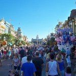 The late-afternoon crowd packs Main Street for Disney World's 40th anniversary. (Photo by Hurricane Hayward - Oct. 1, 2011)