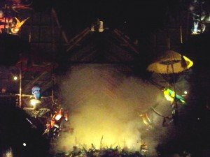 Smoke rises from the planter in the center of the room during Walt Disney World's Enchanted Tiki Room show (November 2011).
