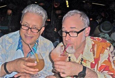 """Sven Kirsten (left) and Jeff """"Beachbum"""" Berry at The Mai-Kai"""