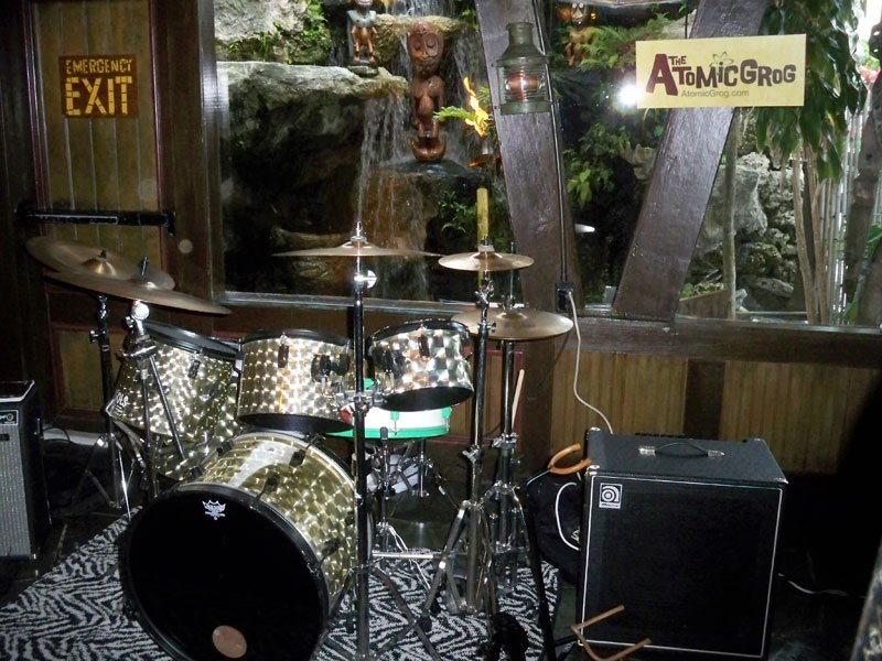 The Molokai lounge is set for a night of classic cocktails and live music from Skinny Jimmy & the Stingrays.