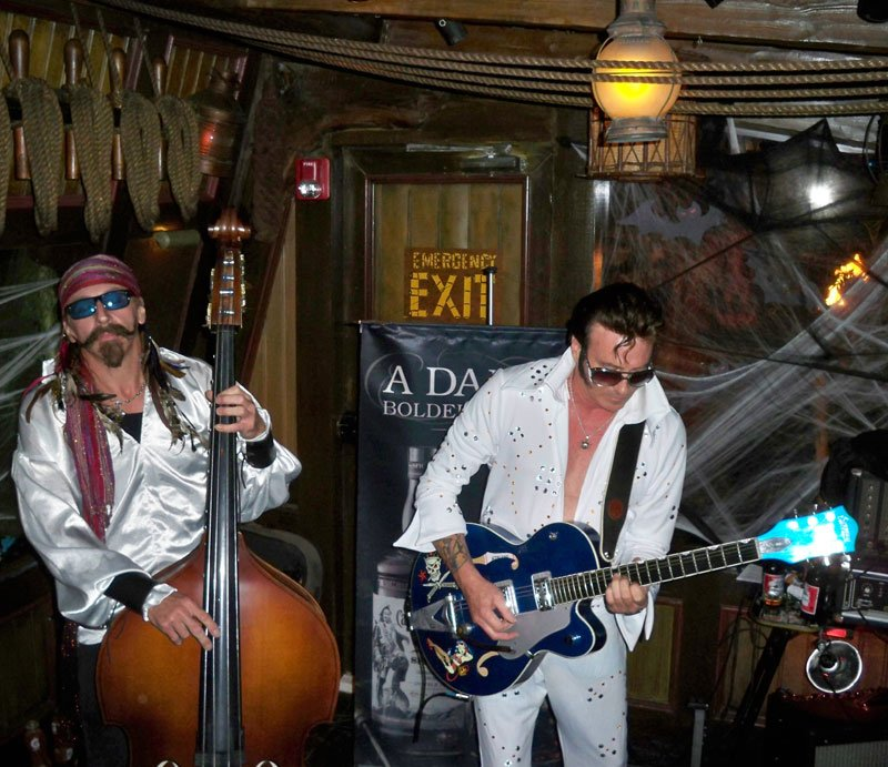 Bassist Marvin Ray Hawkins and guitarist/vocalist Slip Mahoney of Slip and the Spinouts rock The Molokai. (Atomic Grog photo)
