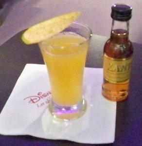 The final cocktail sample of the seminar is a Xanté Pear Sidecar