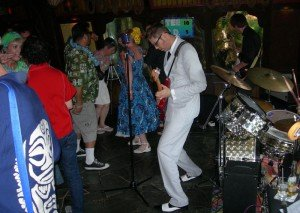 Skinny Jimmy & the Stingrays kick off Sunday's final festivities at The Mai-Kai