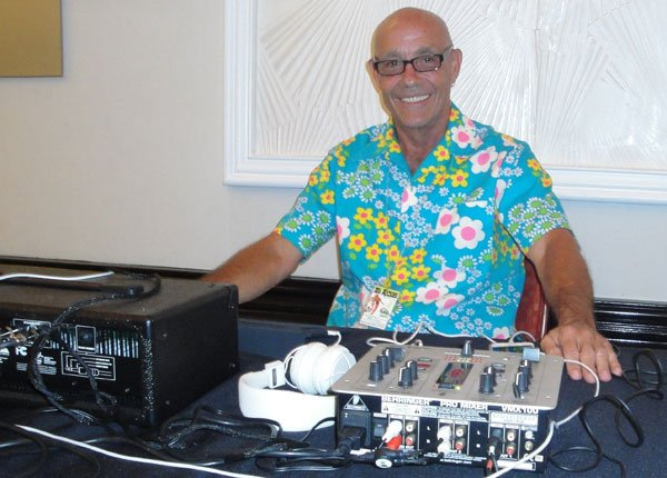 "DJ Mike ""Jetsetter"" Jones plays a special set of retro tunes. (Atomic Grog photo)"