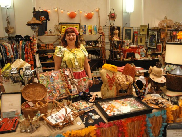 Roadside Attraction, a store in Largo, Fla., owned by Carol Cortright and her husband, Tiki Dave, featured a large assortment of vintage merchandise. (Atomic Grog