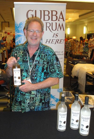 Gubba Rum owner Steve Gubb personally presented samples of his craft rum. (Atomic Grog photo)