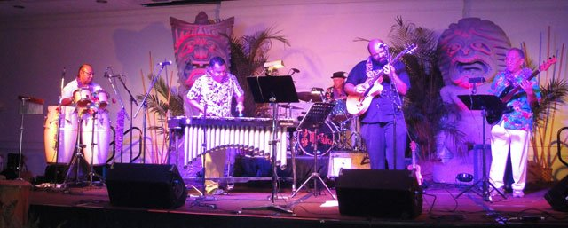 The Alika Lyman Group changed things up with its vintage jazz and exotica sounds. (Atomic Grog photo)