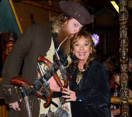 Special guest Dawn Wells (Gilligan's Island) is captured by Jim Stacy (Offbeat Eats With Jim Stacy). (Photo by Go11Events.com)
