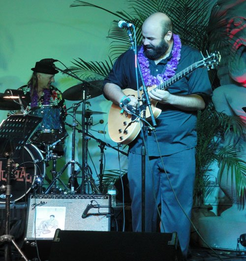 Guitarist Alika Lyman makes his first East Coast appearance at The Hukilau. (Atomic Grog photo)