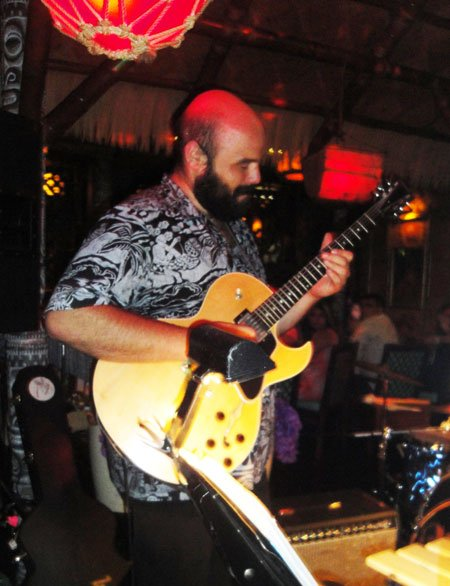 Hawaii's Alika Lyman, nephew of exotica legend Arthur Lyman, made his debut at The Hukilau in 2015. (Atomic Grog photo)