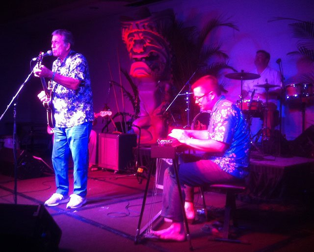Kinky Waikiki play authentic Hawaiian music