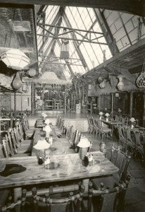 A vintage photo of The Mai-Kai's main dining room