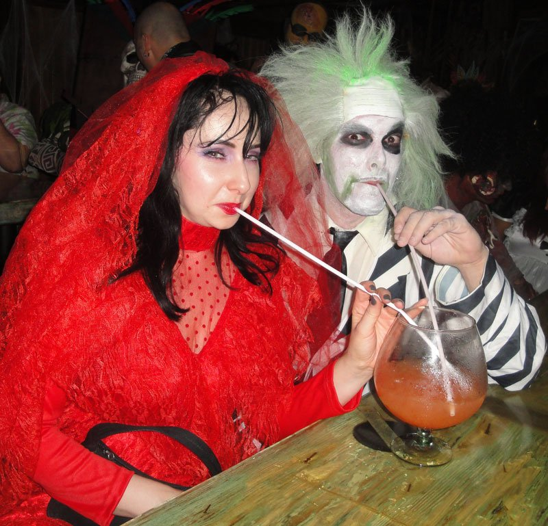 Beetlejuice and Lydia enjoy a Sidewinder's Fang at Hulaween 2015. (Atomic Grog photo)