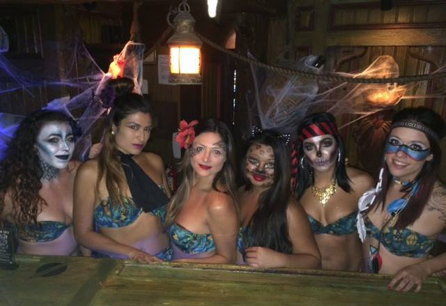 The Molokai girls got into the spirit of Hulaween 2016. (Mai-Kai photo)
