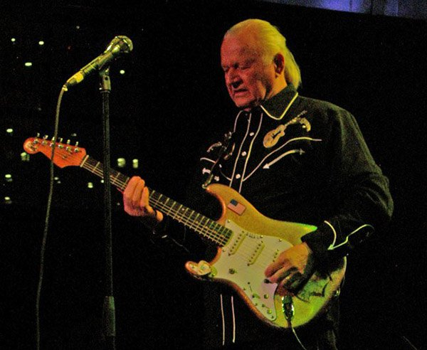 Dick Dale performs in Miami in 2013. (Photo by Hurricane Hayward)
