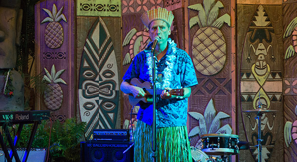King Kukule hosts the kickoff party in the Tiki Treasures Bazaar during The Hukilau 2017 at Pier 66 in Fort Lauderdale. (Atomic Grog photo)