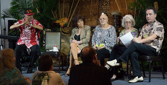 "Tim ""Swanky"" Glazner (right) presents a one-of-a-kind symposium featuring legends of The Mai-Kai at The Hukilau 2017. (Atomic Grog photo)"