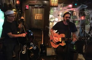 Slip and the Spinouts get into a groove as Hulaween 2018 kicks into high gear.