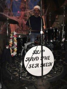 Ladies and gentlemen, Slip and the Sea Men.