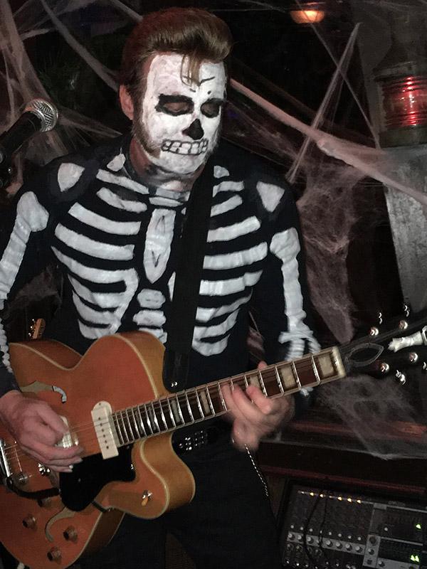 Slip Mahoney cranks out the rockin' tunes.